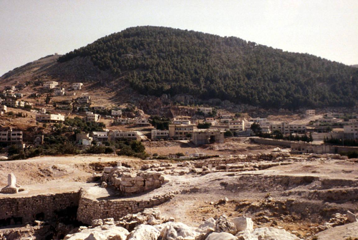 جبل جرزيم عام 1975