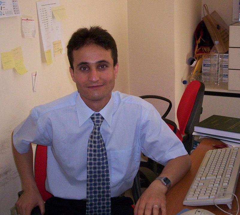 الدكتور مجدي بهجت محمد دويكات